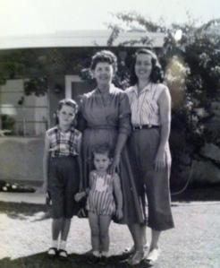 Fawn DeMurl Pender, Myrtle DeMurl Bateman Buffington, Hazel DeMurl Fenley Pender, Melody Kay Pender, c.1957