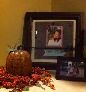 Georgia's arrangement right as you enter the living room.  Notice yesterday's album page on the Everyday Display.
